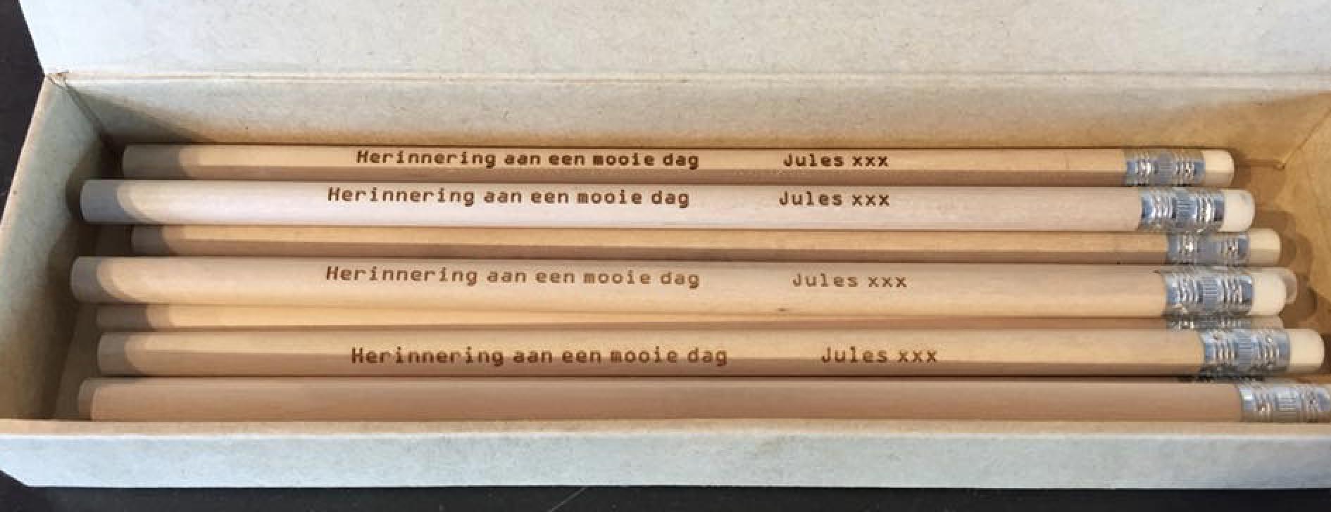 Houten potloden voor Jules